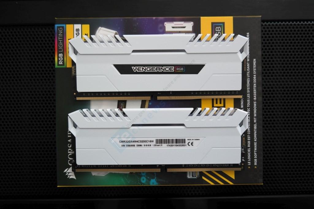 """Asus ROG Strix X399-E Gaming"""" pagrindinė plokštė ir """"Corsair"""